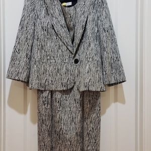 Kasper suit black and white, both modern and sz 20